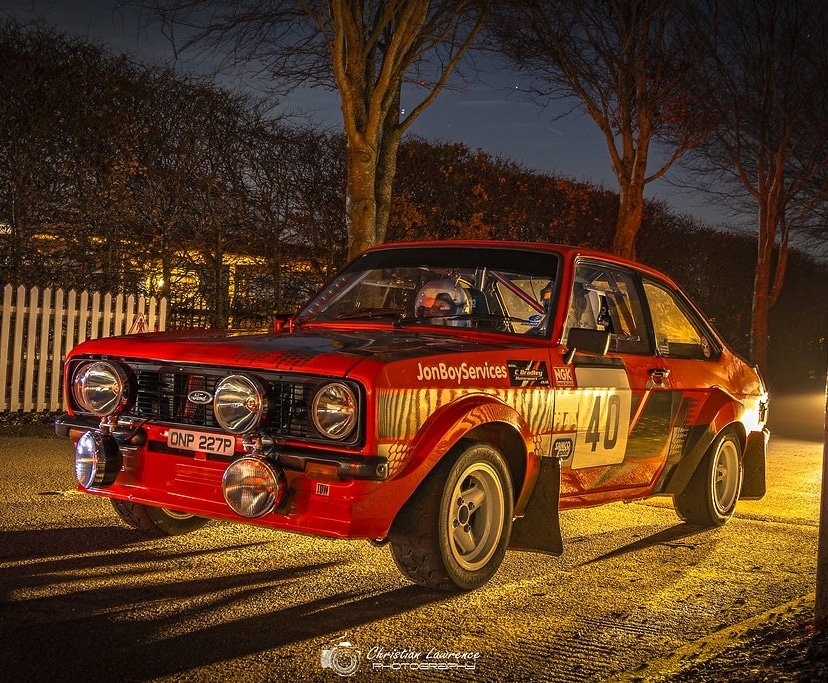 Ford Escort at the Phil Collins South Down Night Time Rally Stage at Goodwood  #ford #fordescort #fordrally #fordracing #nightphotography #rallystage @goodwoodmotorcircuit #southdownsrally #motorsport #forddriver #goodwoodmotorcircuit #nightmotorsportpic.twitter.com/HaxxtJKH64