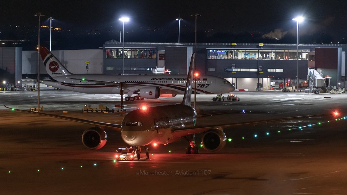 Something a bit different! Tried night photography on the top of T1 at @manairport for the first time back in January and was able to catch the beautiful @qatarairways and the inaugural @BimanAirlines @Boeing #787Dreamliner both pushing back! What do you think?pic.twitter.com/9h8DoZequs