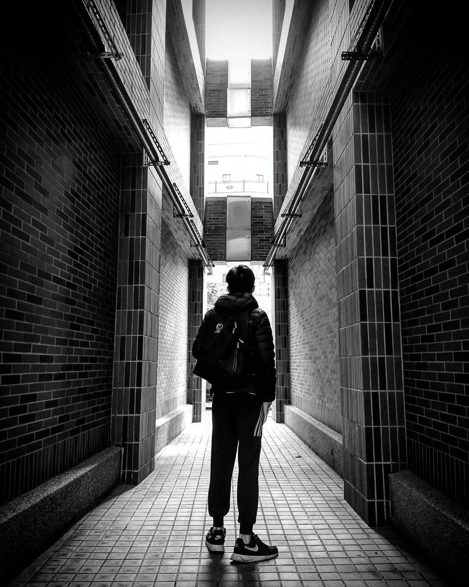 realme 5/黑白調,台中市。 #Shoot #photography #Phoneshooting #Mobilephotography #Blackandwhite #blackandwhitephotography #Blackandwhiteshooting #portraitphotography #Portraitshooting #landscape #攝影 #拍攝 #手機攝影 #手機拍攝pic.twitter.com/K7LMSUiekj