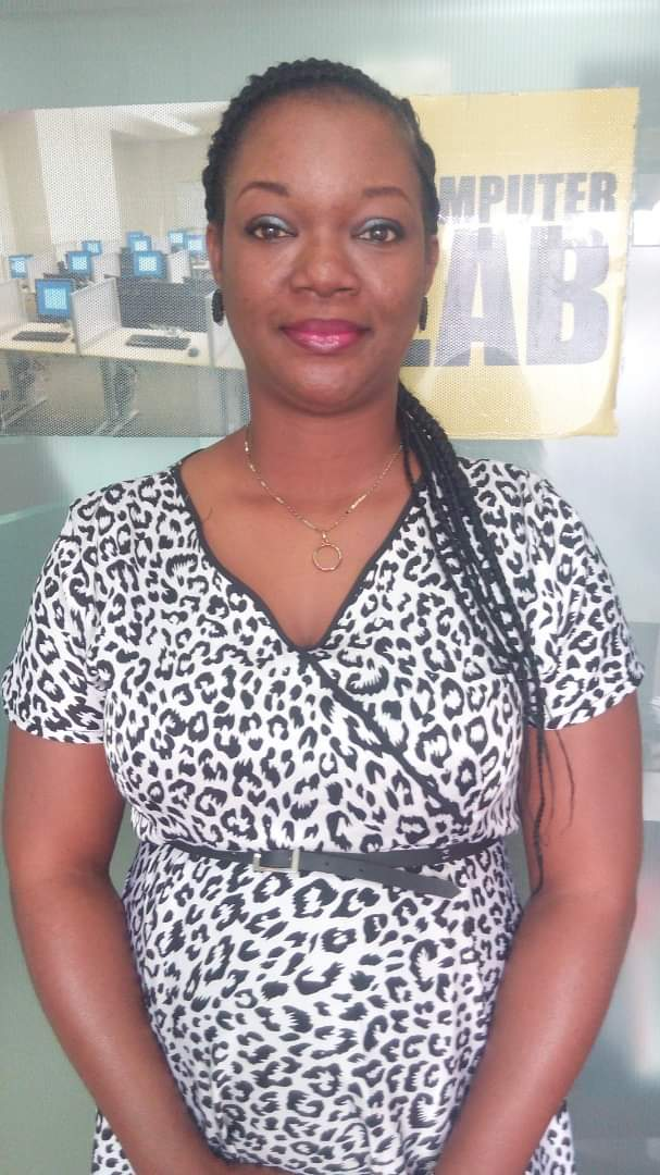 #BusinessMatters  @Melmedia2013 @Princesskachy Mrs Adanma Chinyere Otuonye , The  Principal Consultant Sparks Consults, An enterprise development organization that trains mentors and coaches entrepreneurs on how to start, run and grow sustainable businesses.  #Solidfm #NoDulling