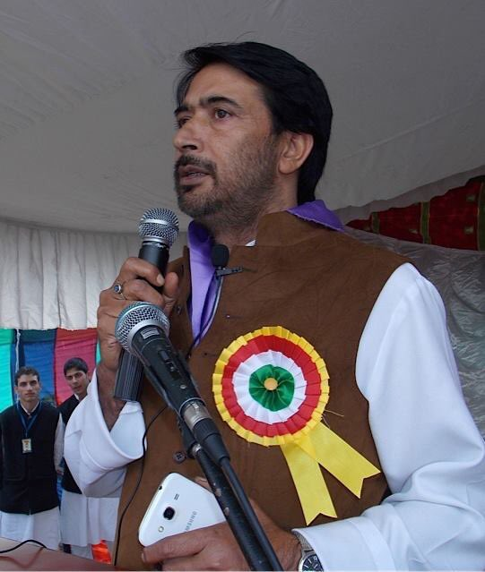 J&K Congress President #GhulamAhmadMir told IANS that the party cannot be expected to take part in the Panchayat bye-elections when its top leadership was barred from free movement in #UnionTerritory. The Panchayat bypolls are going to be held in eight phases from March 5 in UT. pic.twitter.com/M6wfCEQuT4