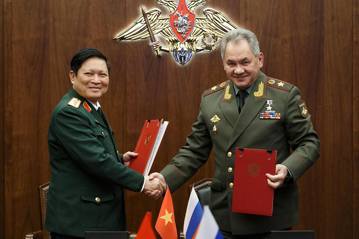 картинки про министров обороны какие цветы