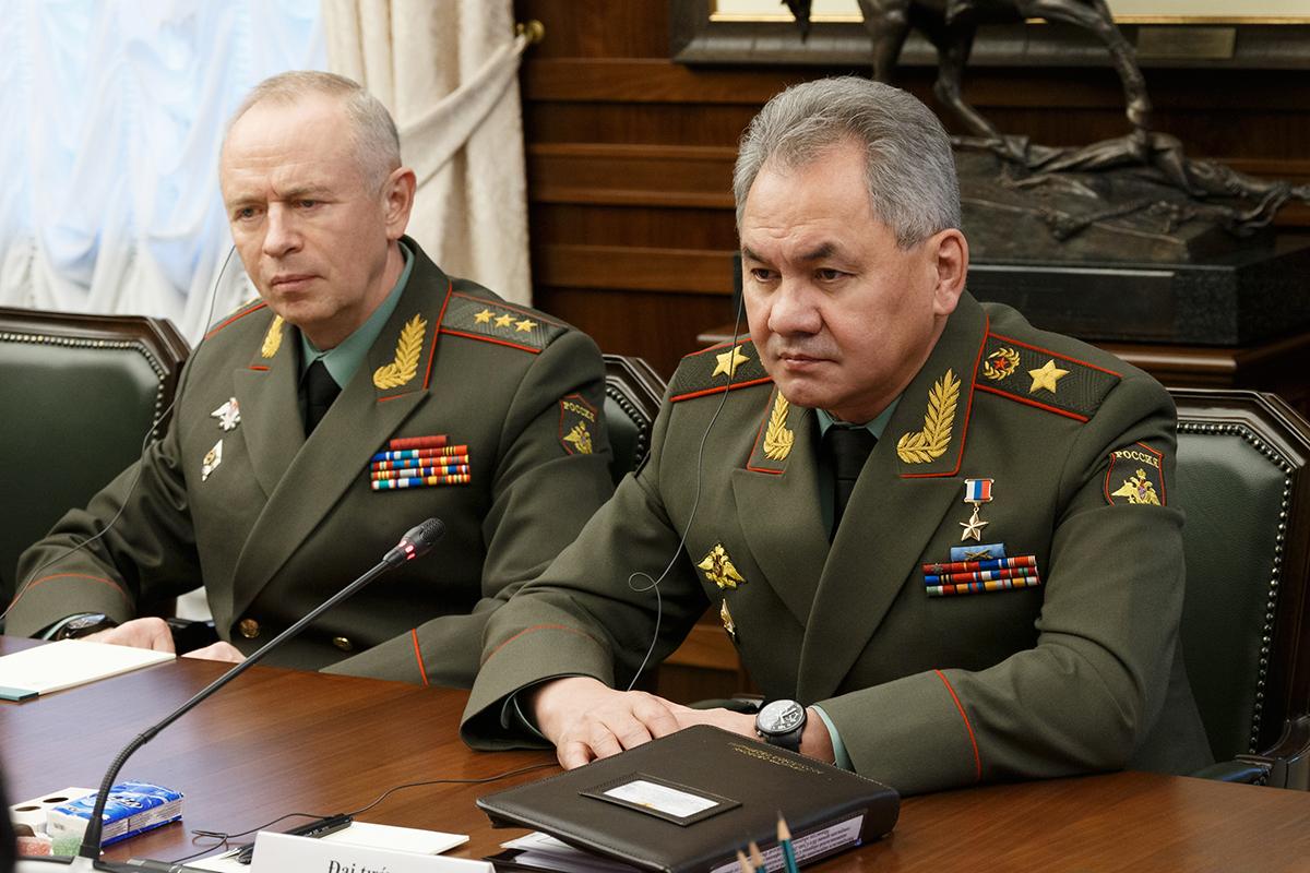 картинки про министров обороны поза цветущая орхидея