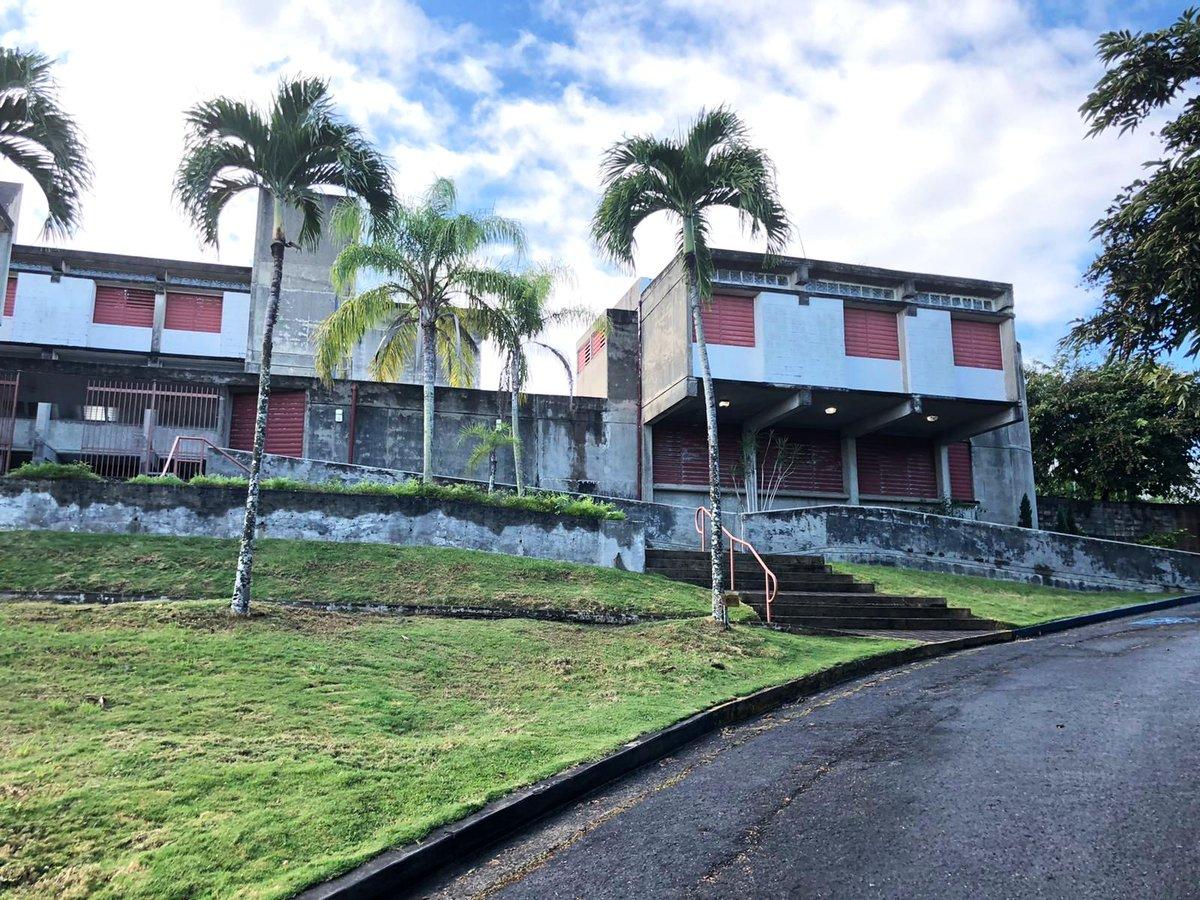The sunday dose of concrete. This time: Monasterio San José in Puerto Rico!  Thomas S. Marvel: Monasterio San José, Trujillo Alto, Puerto Rico, 1971  http://sosbrutalism.org/cms/18876588  Photos: © Tim Baltin 2019  #SOSBrutalism