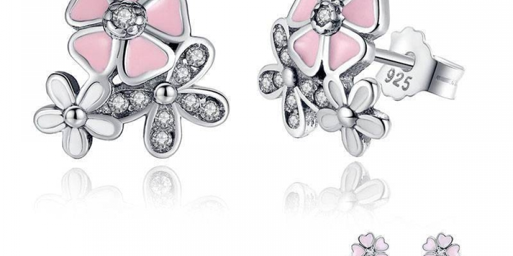 #Cheapjewelry #jewelryandwatches   Cherry Blossom Stud Earrings  https://accessoriestoshine.com/product/cherry-blossom-stud-earrings/…   9.95  Cherry Blossom Stud Earrings   Material: 100% S925 Sterling silver  Material:pic.twitter.com/TDmdJXiQAC