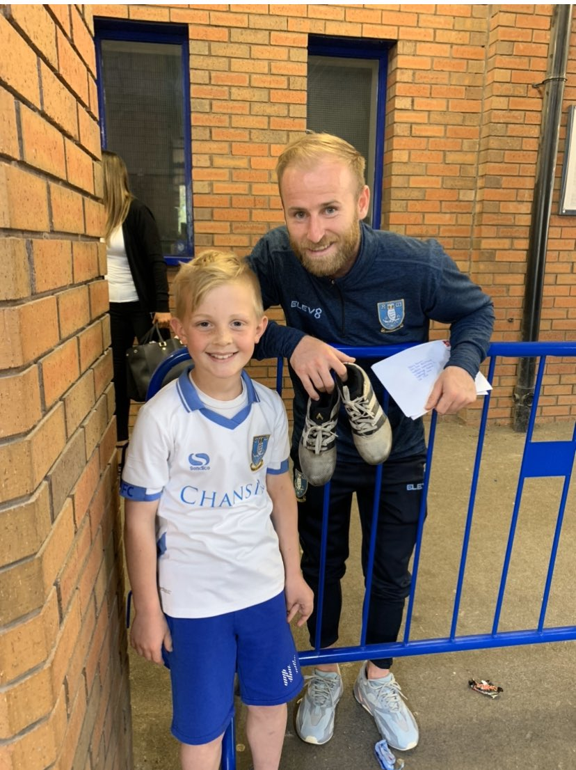 Shay would never have achieved what he has for @BluebellWoodCH without the help from @bazzabannan25 and @swfc ! Thanks