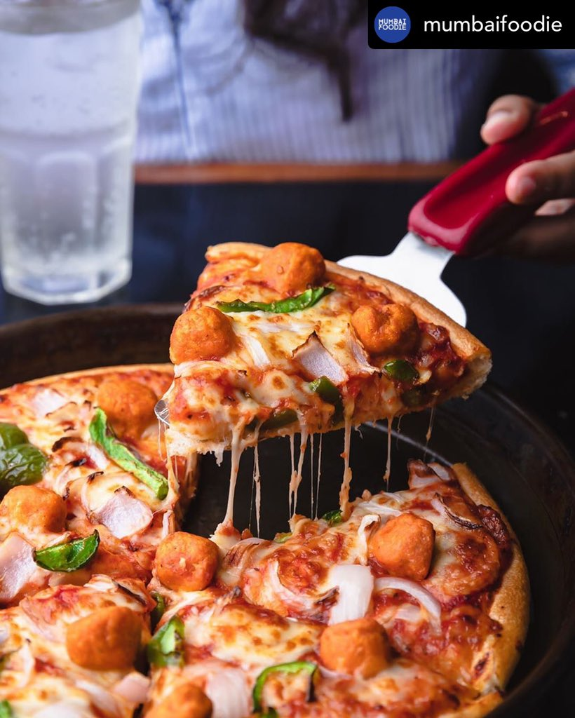 WARNING Don t look at it for too long, you may start to drool. PizzaHutJavenge https t.co 9qJOqVU2cK