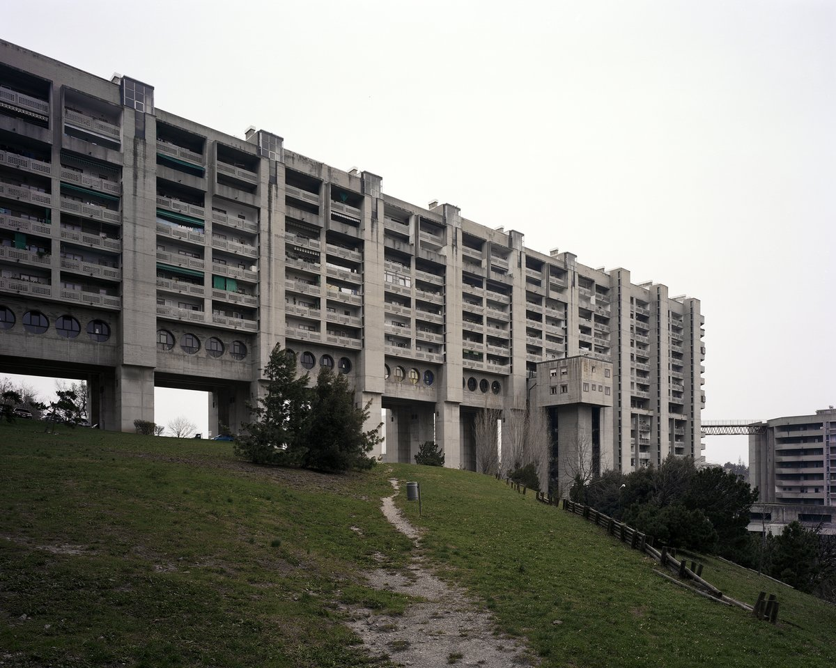 One of the biggest and most controversial social housing facilities ever built in Trieste:  IACP (Carlo Celli / Luciano Celli): Il Quadrilatero (ATER) Rozzol Melara, Trieste, Italy, 1969–1983  http://sosbrutalism.org/cms/15892067  Photos: © Paolo Mazzo 2010 / Oliver Elser 2016  #SOSBrutalism