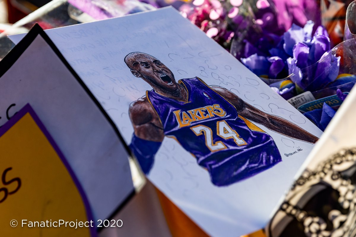 Detail of some of tens of thousands of items left at #KobeMemorial in front of @StaplesCenter which included basketballs, stuffed toys, custom art, sealed letters to #VanessaBryant, candles, balloons, jerseys, hats and on & on #Kobe #KobeFans #Mamba #MambaFans #LakerFans #Lakers