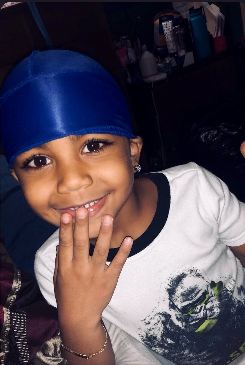 YOUNG KING #kidmodel pic.twitter.com/Bd7s01tZVE