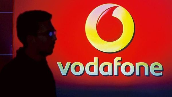 will-vodafone-hang-up-its-business-in-india Photo