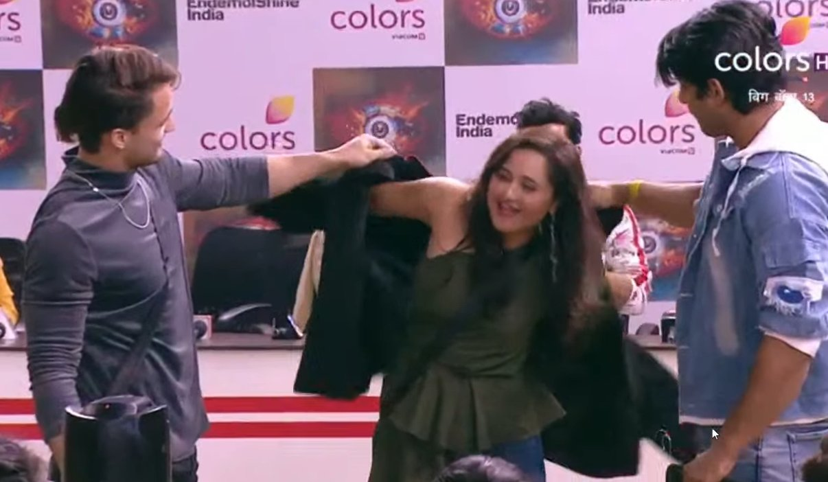 Rashmi Desai to go outside with Siddharth-Asim before finale