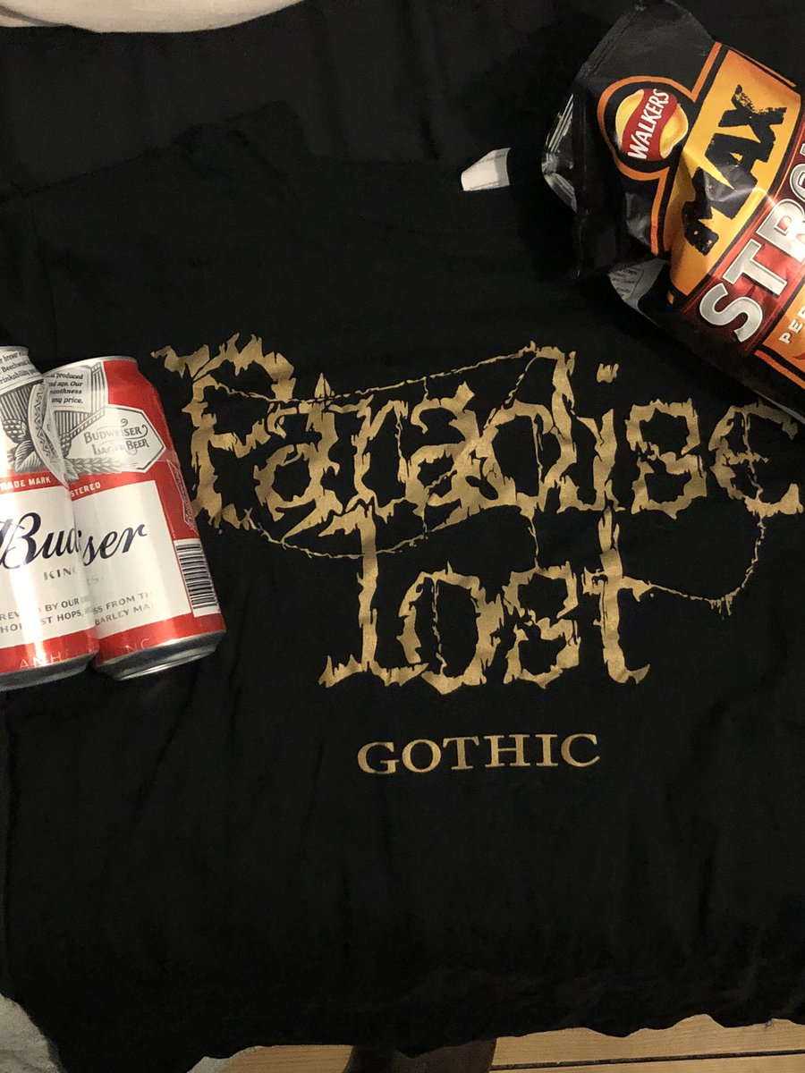 Everyone having a good Wednesday? #budweiser #beer #walkerscrisps #paradiselost #halifax #gothicmetal #doommetal #deathdoom #gothicrock #musicpic.twitter.com/zWdAszG6zp