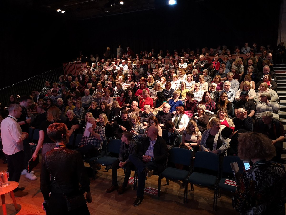 A packed @squarechapel is ready for #LastTangoInHalifax! 😬🎉