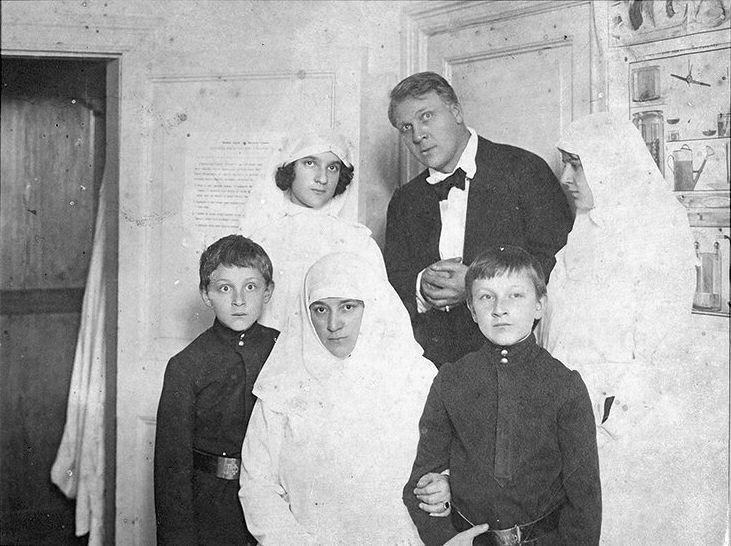 архив семьи курдюковых фото настроение подкрепляется грозовым