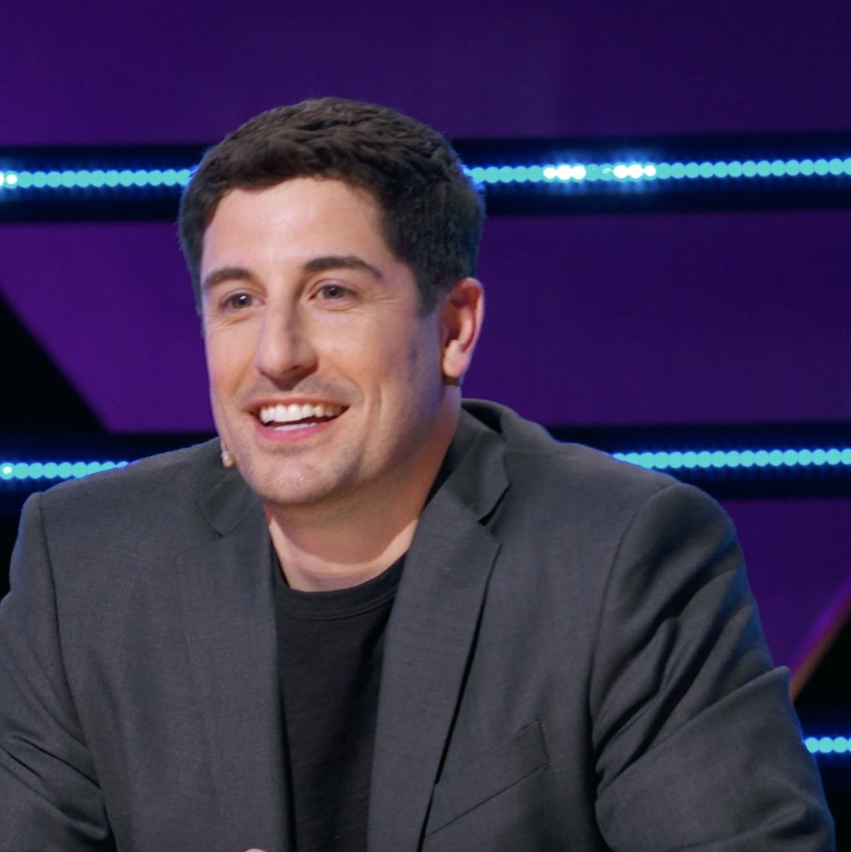 .@JasonBiggs took a break from being #Outmatched to join #TheMaskedSinger panel! 👏