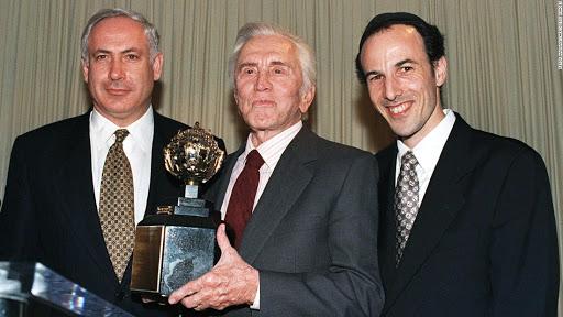 Mort de Kirk Douglas, fervent soutien d'Israël