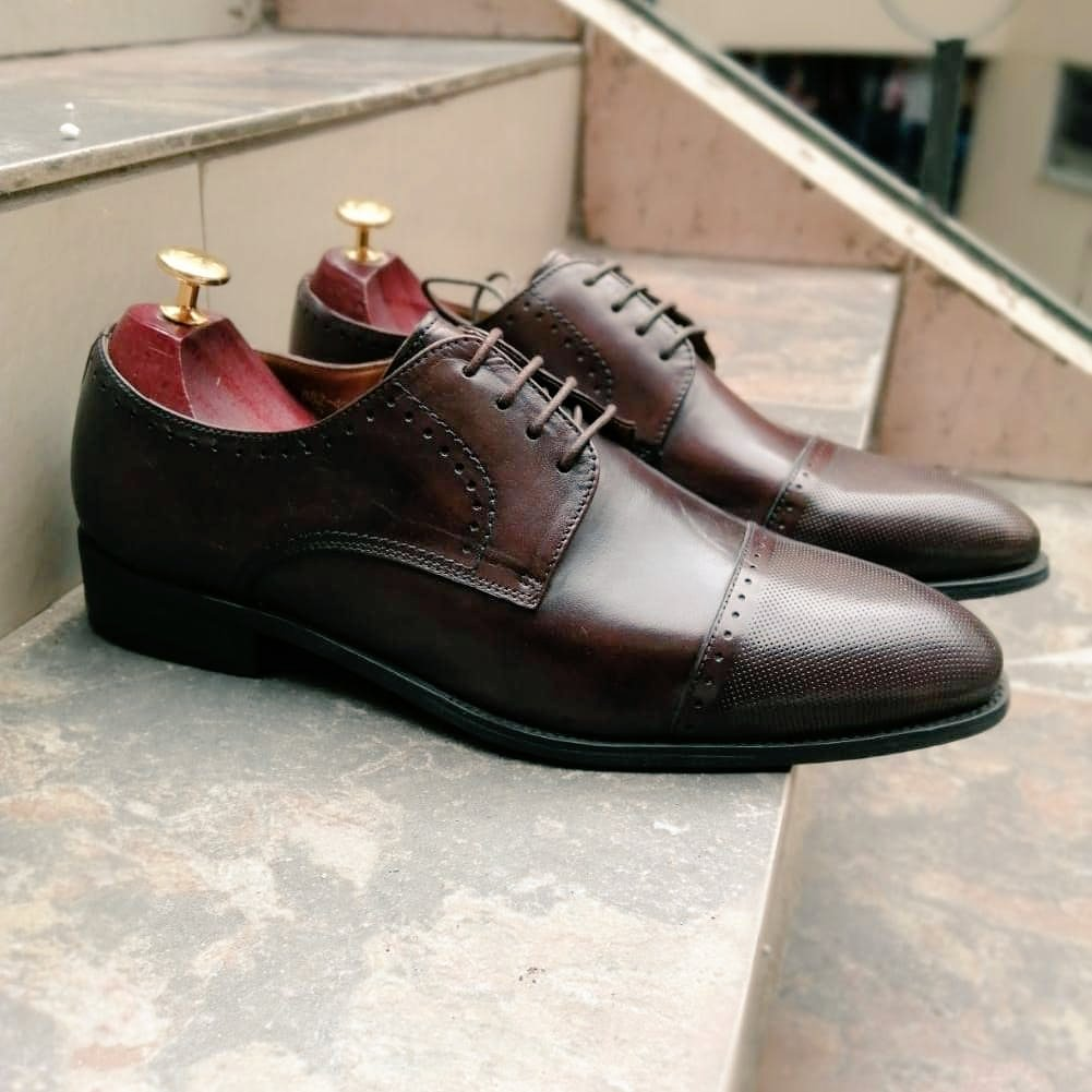 Cap toe Oxfords  Lace upfront construction Soft fabric inner lining Soft inner sole Flexible rubber outer sole Imported Cap toe Sizes 39/40/41/42/43/44/45/46 #kenyanshoes  #nairobifashion #nairobi #10over10citizentv #shoesnairobi #254fashion #madeinkenya  #JKLivepic.twitter.com/R6d5qFKJJW