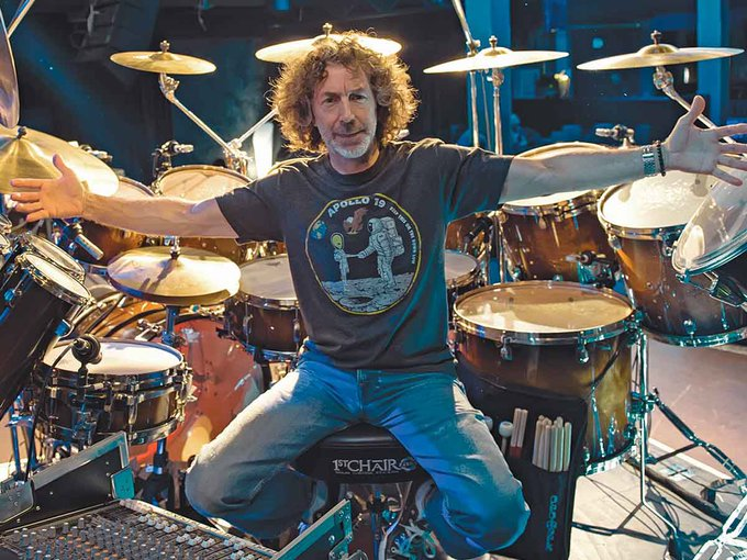 Happy birthday to the legendary genius, Mr. Simon Phillips!
