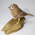 半身麻痺のお父さまが片手で作ったという、木彫りの鳥が凄いから見てみて!