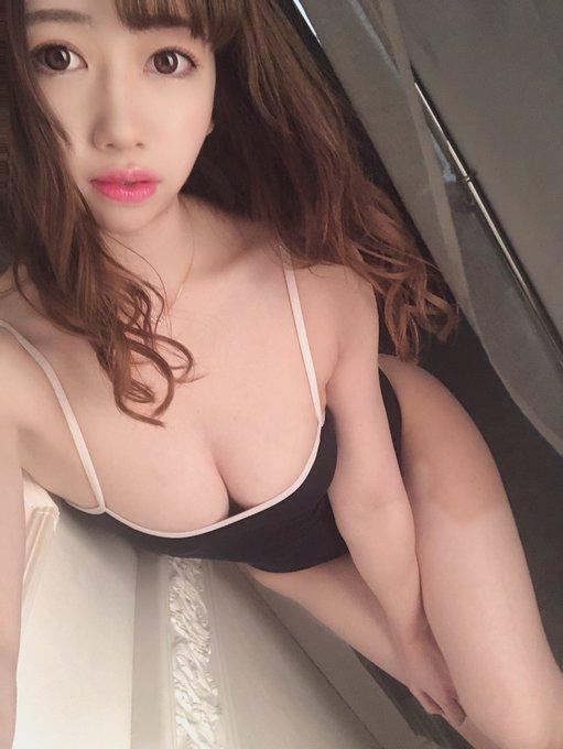 AV女優大浦真奈美のTwitter自撮りエロ画像18