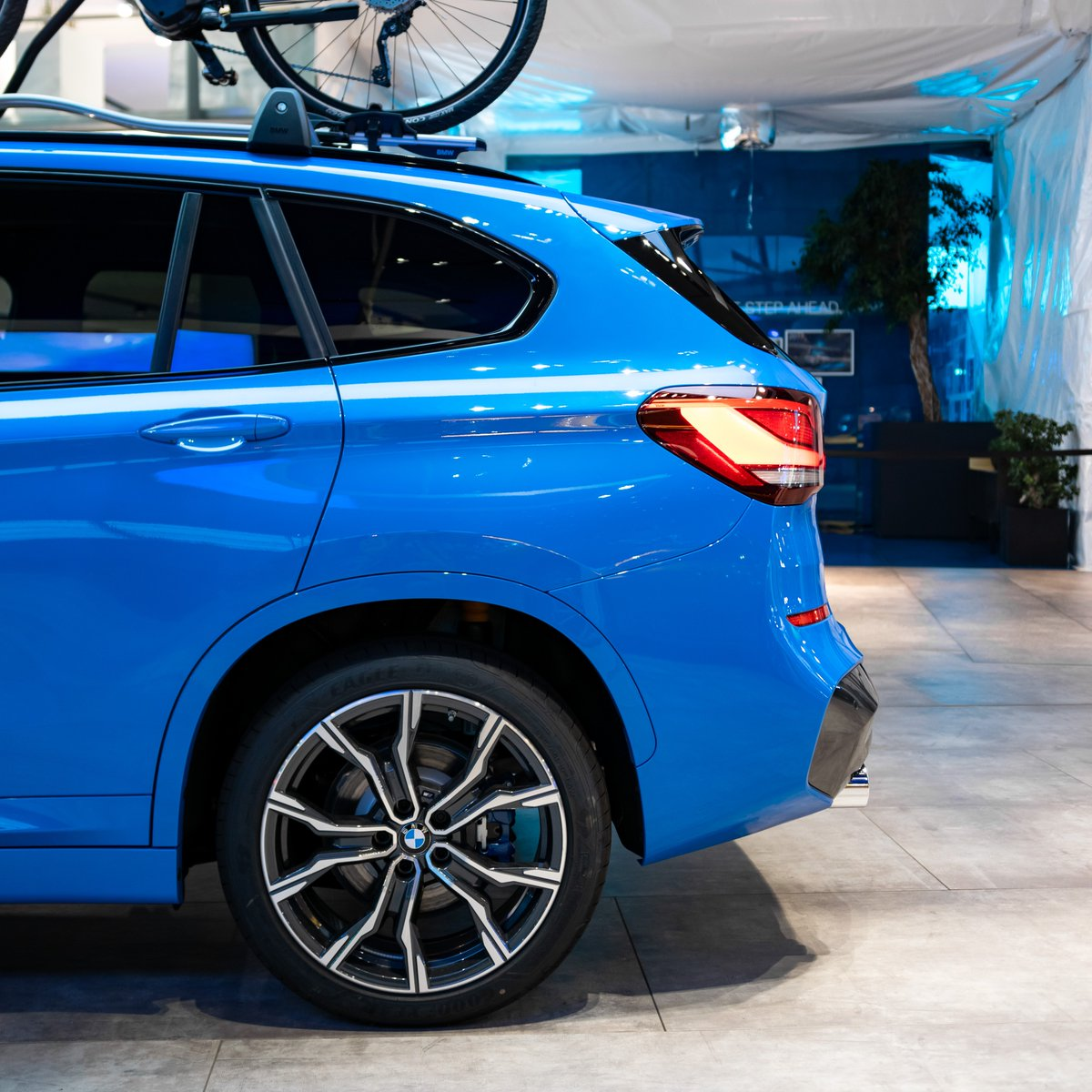 BMW M Sport Package, 231 hp and sporty Misano blue metallic - this BMW X1 is truly a Sports Activity Vehicle. http://bit.ly/2Oy5pP8 #TheX1 #BMWWelt