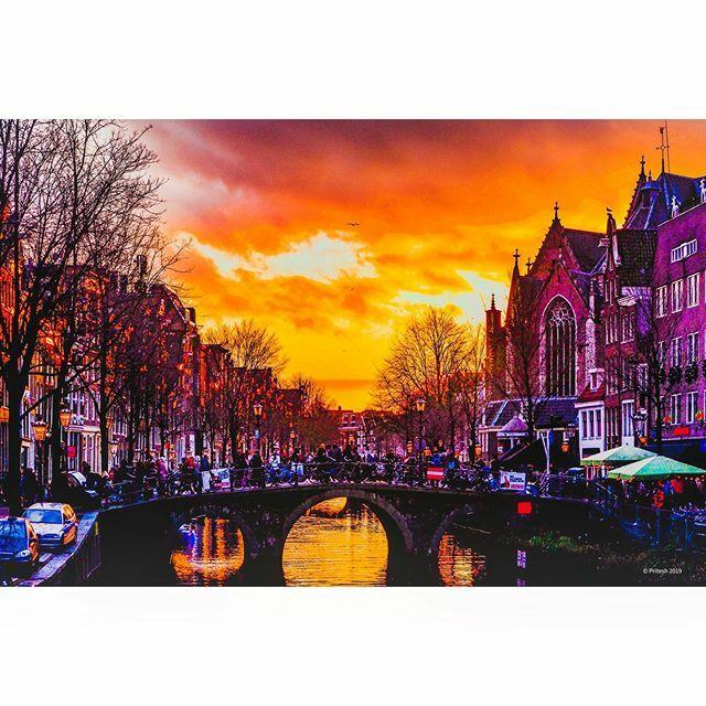 Good evening Amsterdam #landscape_captures #landscapephotography #naturephotography #earth  #amsterdamcity #beautiful #evening #traveltheworld #sunset #netherlands #instaamsterdam #insta_amsterdam #following #amsterdam #ig_captures #igtravel #instatravel #worldcaptures #trav…pic.twitter.com/Qxr1dqQctz