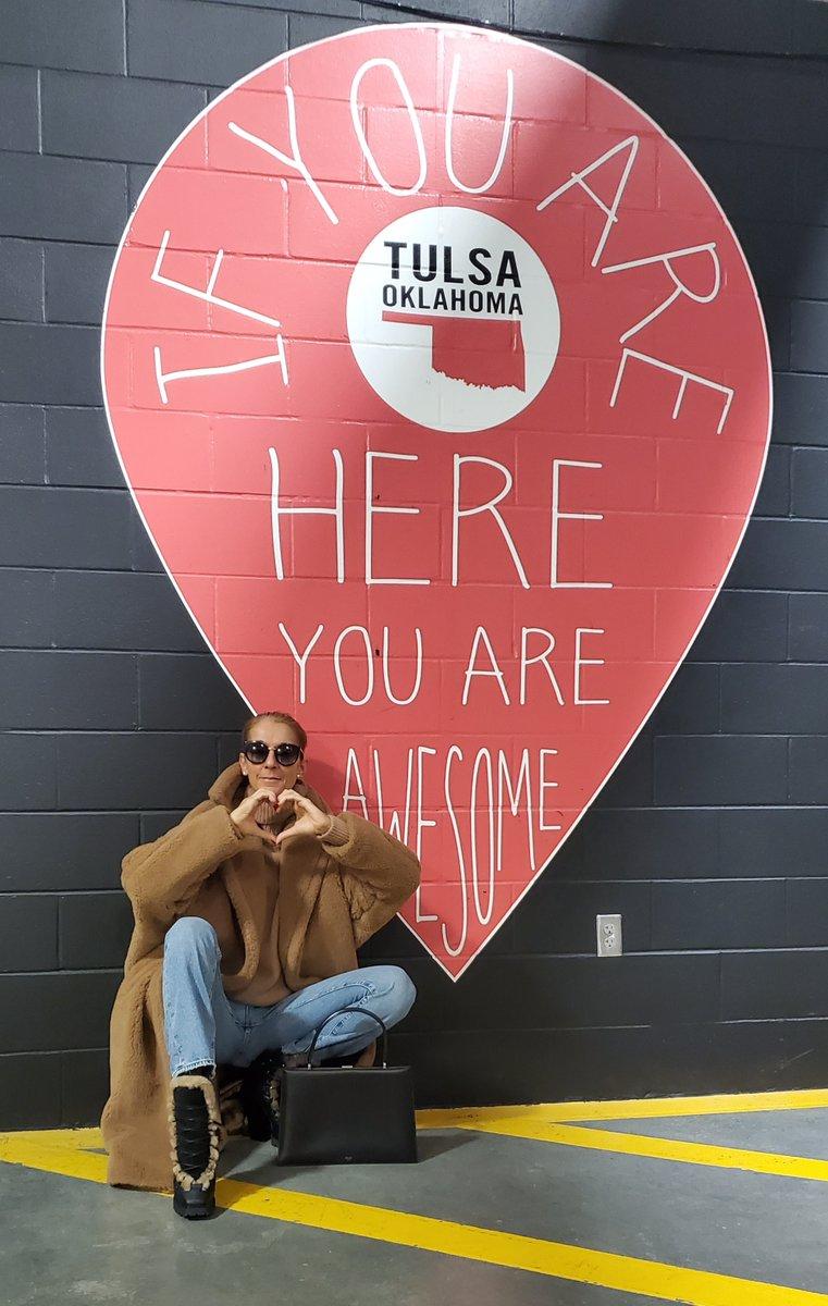 Tulsa, you were awesome ❤️// Tulsa, vous étiez fantastiques ❤️- Céline xx… #CourageWorldTour 📸: Dee Amore Marti