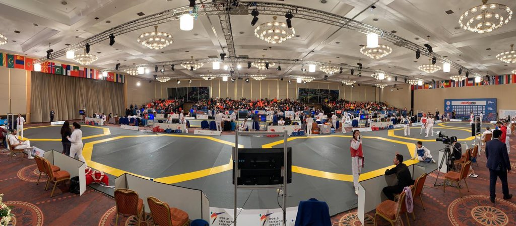 Yesterday Sarah Stevenson & Daniel Flesher attended the Turkish Open, where they were scoping out potential new height and weight groups for the Cadet squad 🥋 #Cadets #Taekwondo