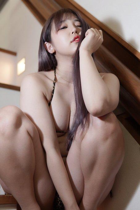 グラビアアイドル上田ミルキィのTwitter自撮りエロ画像25