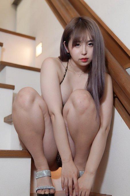 グラビアアイドル上田ミルキィのTwitter自撮りエロ画像24