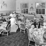 #TBT! Check out this awesome picture of meal time in the 1940's!