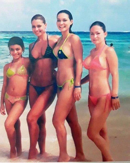 #tbt con mis hermanas y mi sobrina hija cuando éramos jóvenes y bellas!!! Espero sus comentarios. Visiten