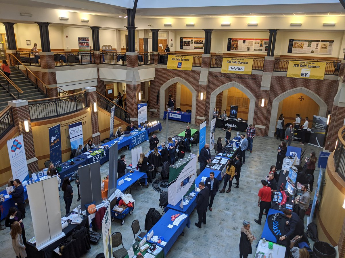 It's time, Blue Streaks! Get ready, bring your resumes, and head to Dolan for the 2020 Career Fair!