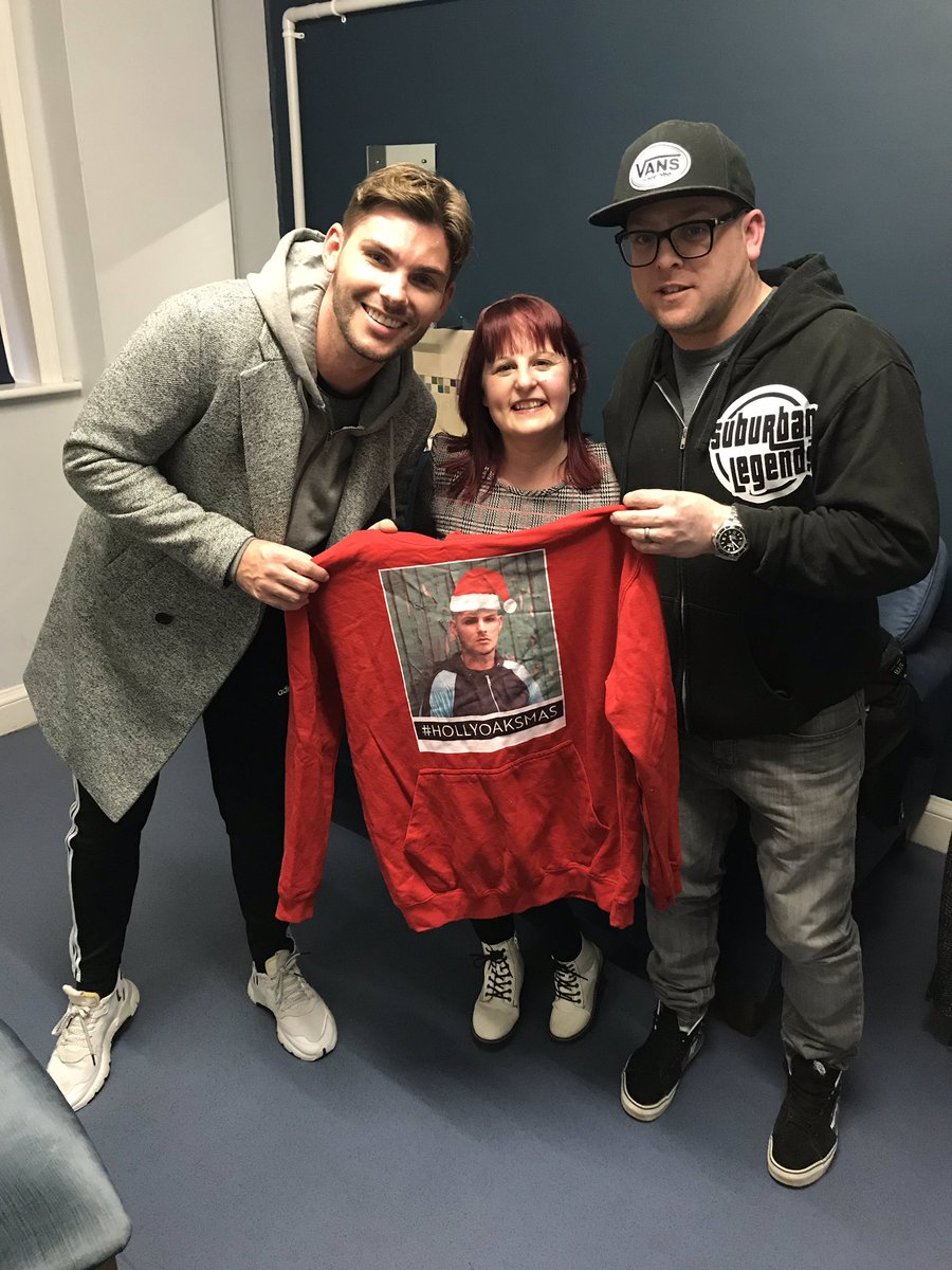 We've been to watch @BandOfGoldPlay this week AND we've had a lovely chat with @Hollyoaks @MrkieronR who stars in it. Not a band week! Review and full interview up now https://www.voicefmradio.co.uk/post/theatre-review-kay-mellors-band-of-gold-mayflower-theatre-and-interview-with-kieron-richardson …