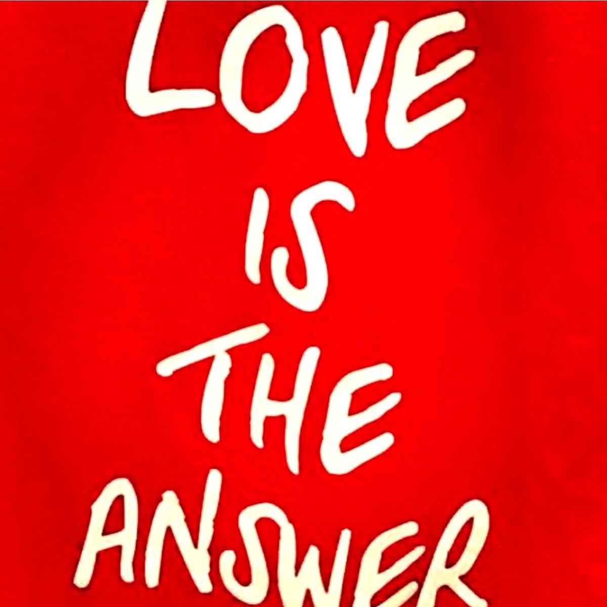 When in doubt ....#lovevelvet   #velveteyewear #velvetsunglasses #velvettrends #velvetstylebox #bestsunglasses #2020color #socalstyle #designedbywomen #designedforwomen #bestcolor #coloroftheyear #uvprotection #lovevelvet #findyourfaceshape #SunglassStyle #SunglassColorpic.twitter.com/EiQk482Gaj