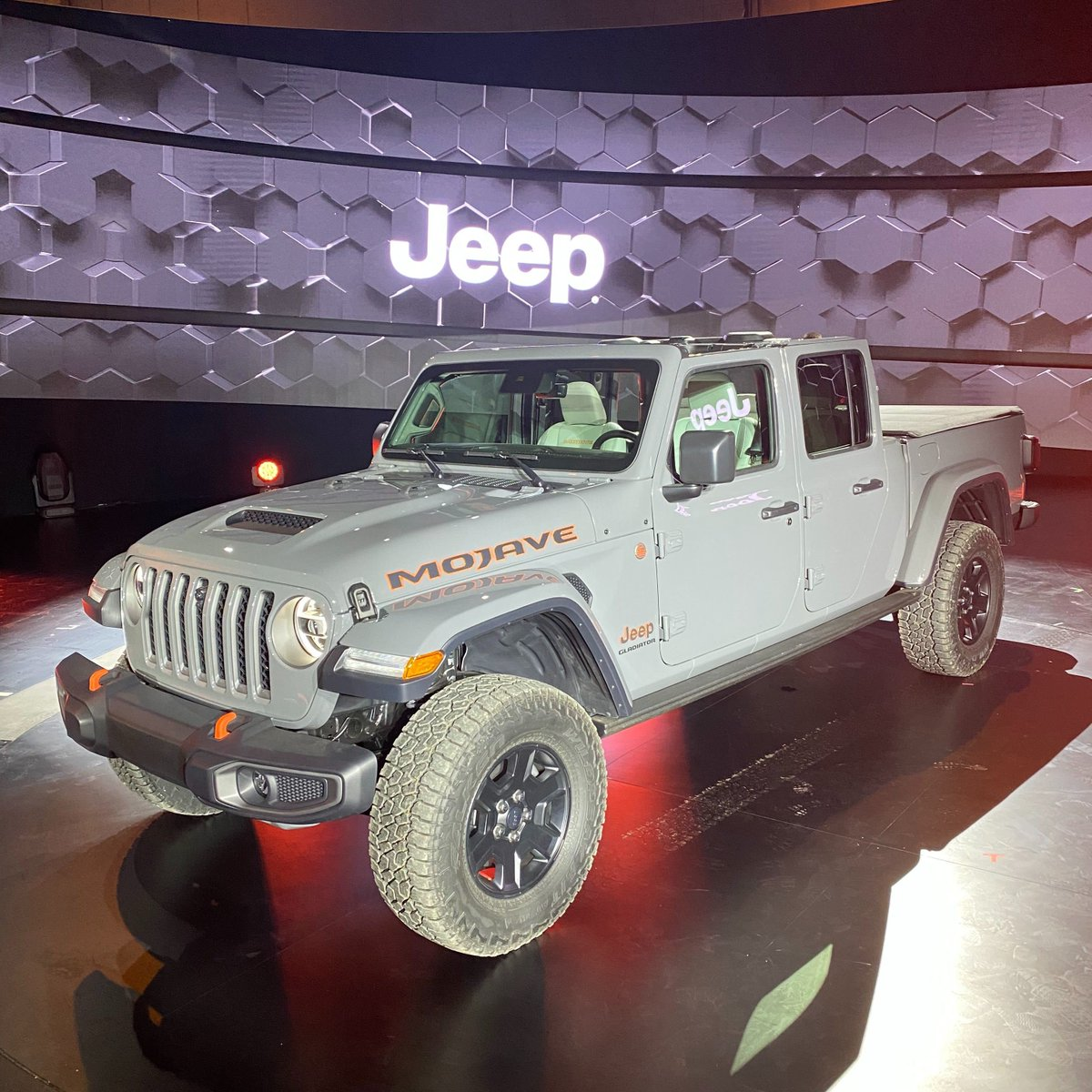 Edmunds On Twitter 2020 Jeep Gladiator Mojave Details That Added 1 Inch Of Ground Clearance Necessary To Make This A Dune Going Truck Https T Co Rkocqygtu9 Https T Co Edkibbjrzq