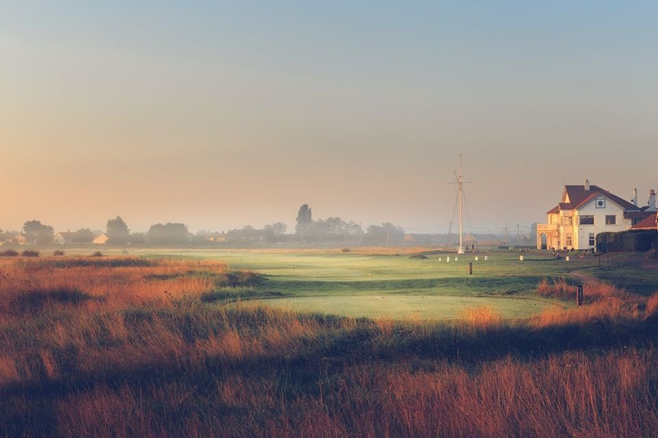 We would like to announce that we are going to be reaching even further south now with our newest partnership Royal Cinque Ports Club. You can now enjoy the beauty of coastlines close to Dover, if you heading over to France want to play a round of #golf #EGTGolfTour