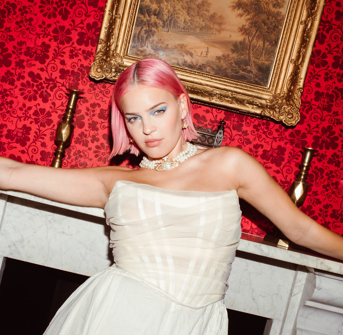 Anne Marie On Twitter Ahhhhh Got To Do A Little Surprise Show Last Night And It Was Magical Thank You To Everyone Who S Supported Me On This Mad Journey Birthday Out Tomorrow