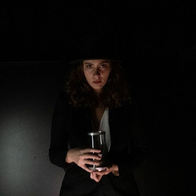 O NASCIMENTO DAS VALQUÍRIAS . . . . .  #teatrogazeta #teatro #atrizes #pecateatral #actress #acting #stage #capital35 #osmonologosdavagina #teatroemsampa #portrait #retratopic.twitter.com/T4CMXWYdzC
