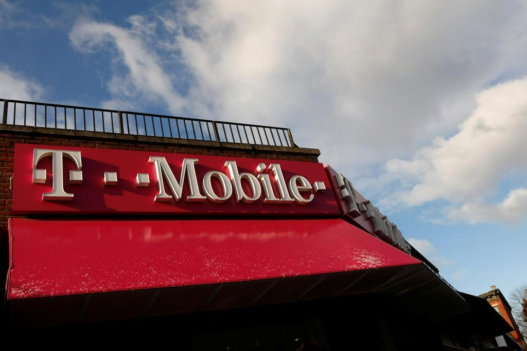 T-Mobile beats quarterly estimates as Sprint merger decision looms
