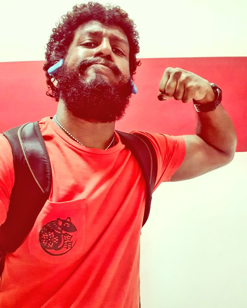 #bearded #beardedmen #beardedman #beardedbear #beardedlifestyle #beardeddad #beardedindian #indianbeardedmen #southindian #sinhalese #srilankan #malaysianindian #alaghaporanthathuentappa #sado #abamsado #abangsado #abgsado #afrohairstyle #afrohair #afrohairstyles #afropic.twitter.com/tX36C6ELS9
