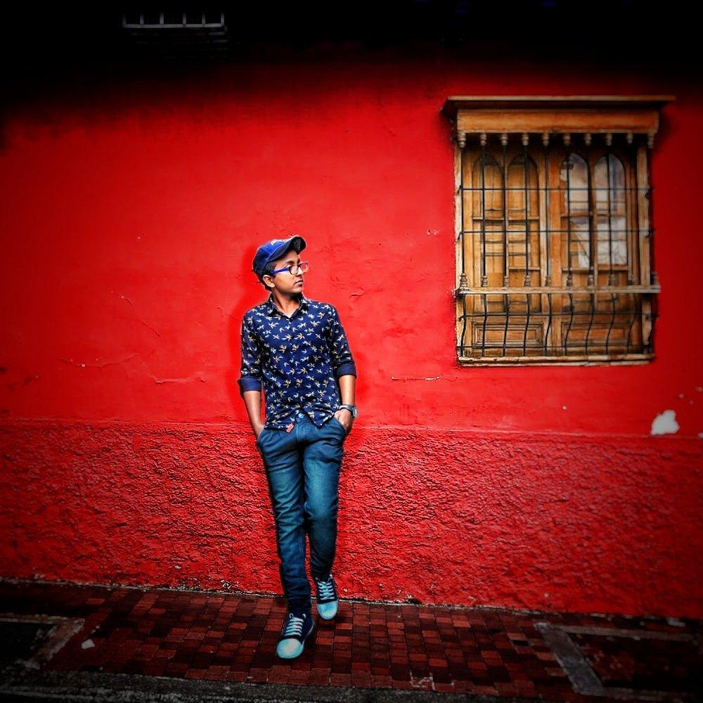 """वक्त ही तो है बदल जाएगा, आज तेरा है कल मेरा होगा।"" #photooftheday #photographers_of_india  #looks #trending #wow #hinsta #luckydancer #faisu #husnain #cityboys #stylephotography #viralphoto #viralinstagrampic.twitter.com/agLvfPNqdW"
