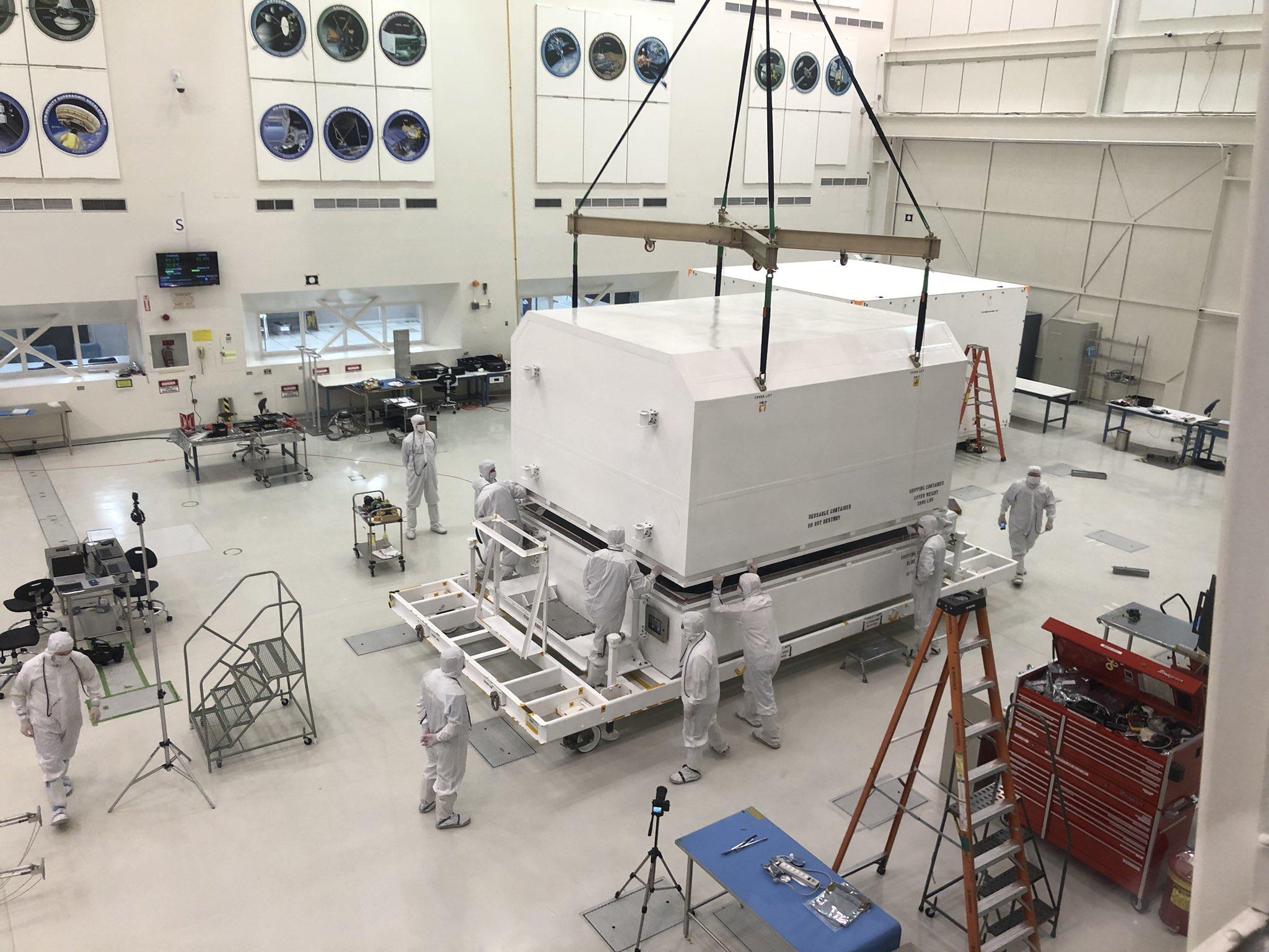 Préparation du rover Mars 2020 (Curiosity 2) - 17.07.2020 - Page 11 EQKa_BmWoAAaxoy?format=jpg&name=4096x4096