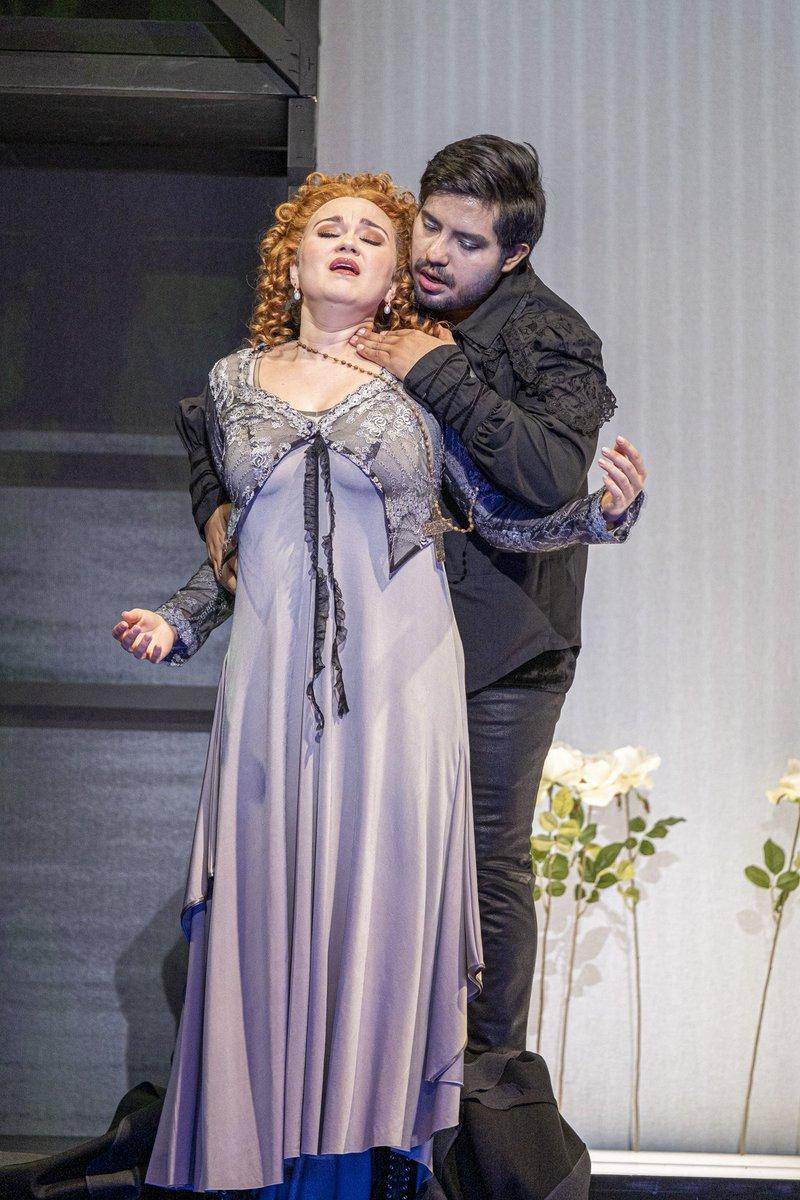 Our splendid young singers #SvetlanaMoskalenko and #FabianLara are already longing to premiere their #Rigoletto tomorrow at #TirolerLandestheater in #Innsbruck  Желаю успехов! Mucho éxito!#AscoltaArtists #Verdi #opera #Switzerland #soprano #tenorpic.twitter.com/h8FxgqQhfX