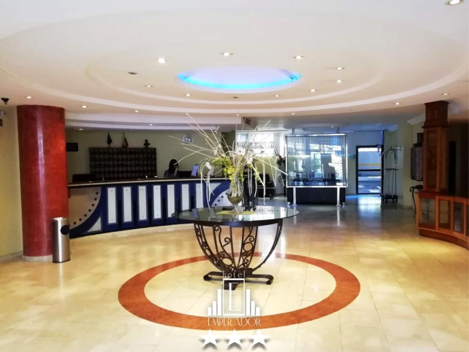 Si visitas Valencia puedes hospedarte en nuestro hotel  para que disfrutes toda la comodidad y la atención del Hotel Emperador que es inigualable!  ... #hotelemperadorv #hotel #valenciavzla #carabobo #venezuela #booking #traveling #travelpic.twitter.com/OZScHtCLdR