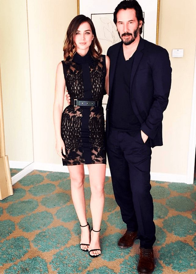Ana De Armas Updates On Twitter Ana De Armas Keanu Reeves