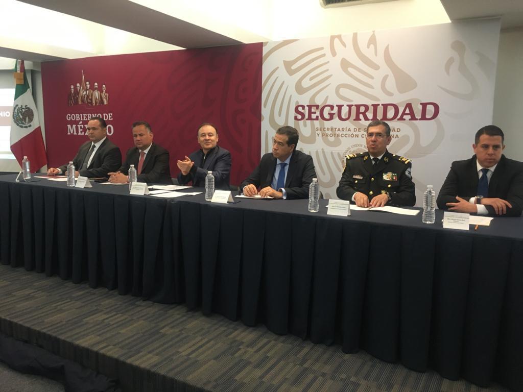 El secretario @AlfonsoDurazo encabeza la firma de convenio entre la @Conase_mx, dirigida por Víctor Hugo Enríquez, y la Unidad de Inteligencia Financiera #UIF de @Hacienda_Mexico, dirigida por @SNietoCastillo.