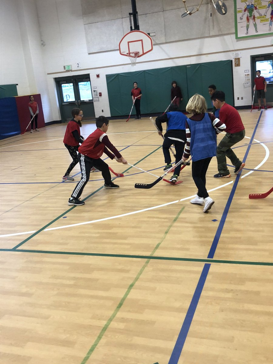 Wrapped up our floor hockey unit with some small sided games and the customary post-game handshake. Thanks <a target='_blank' href='http://twitter.com/Capitals'>@Capitals</a> for the equipment! The kids loved it! <a target='_blank' href='https://t.co/88qvGutlPp'>https://t.co/88qvGutlPp</a>