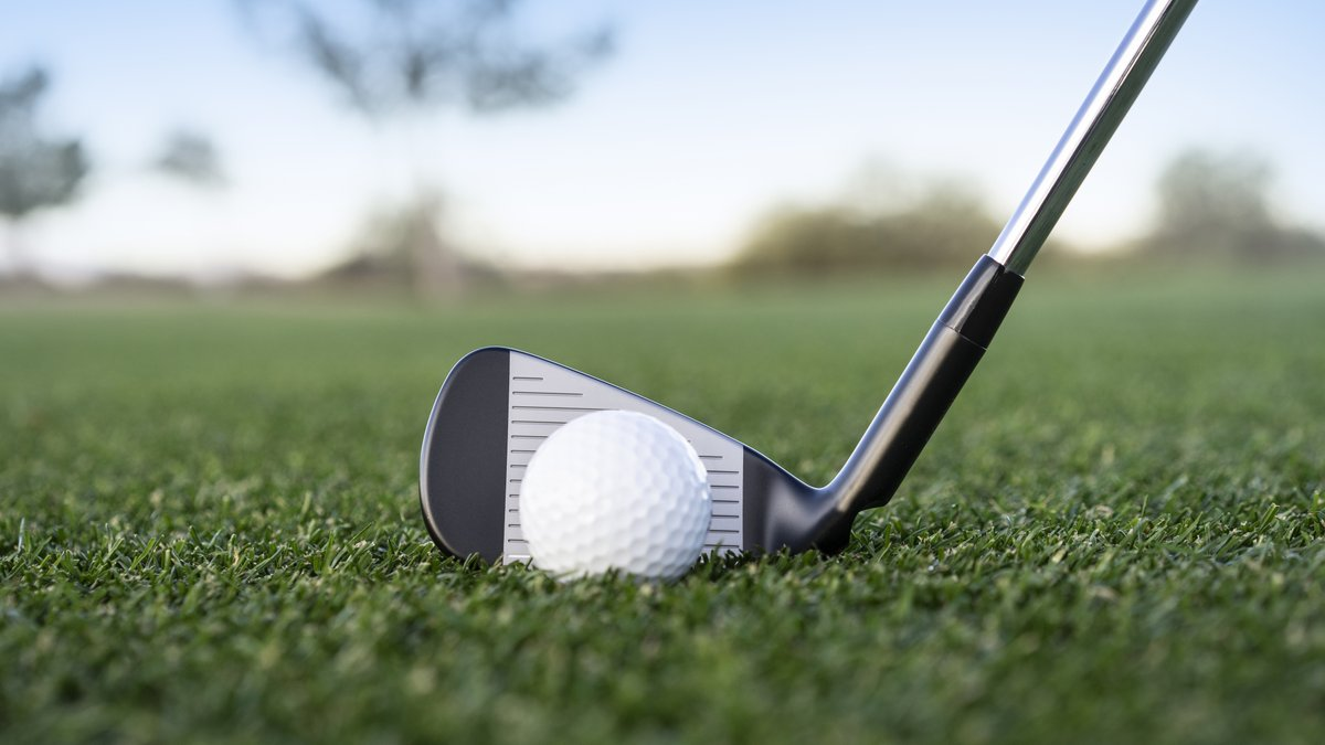 5% more forgiving (compared to G700) with higher launch. How? High-density tungsten toe and heel weights + a highly-flexible maraging steel face. #G710 #CustomEngineered